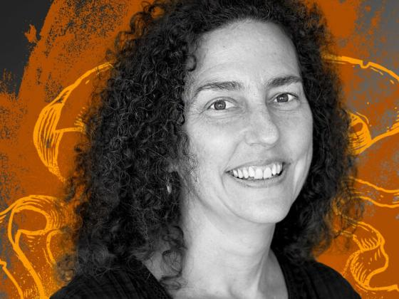 Distinguished teacher and art historian Julia Guernsey